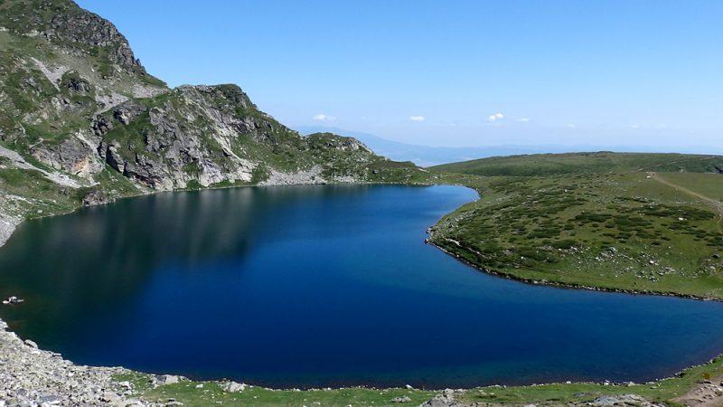 Kidney glacial lake